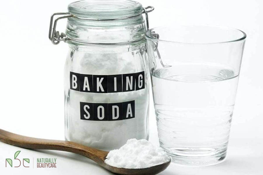 diy-natural-shampoo-with-baking-soda
